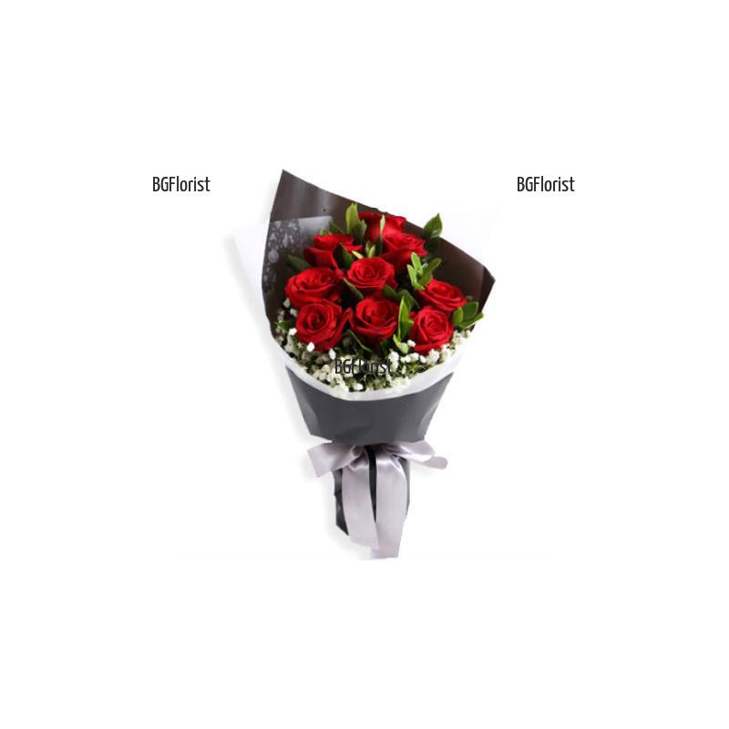 Доставка с куриер на букет от рози в София