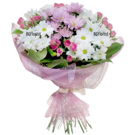 Поръчка на букет от цветя в розово и бяло