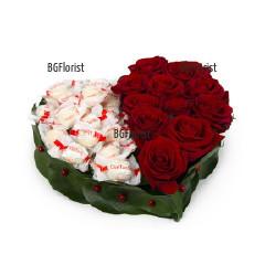 Доставка на Сърце от рози и бонбони Raffaello с куриер