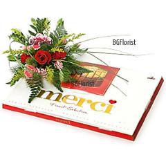 Кутия бонбони Мерси и цветя