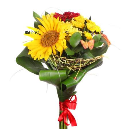 Интернет поръчка на букет от слънчогледи и цветя