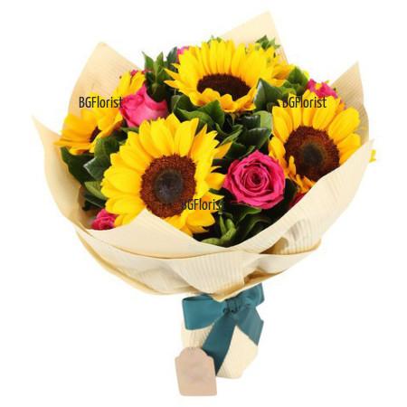 Букет от слънчогледи и рози Слънчев ден